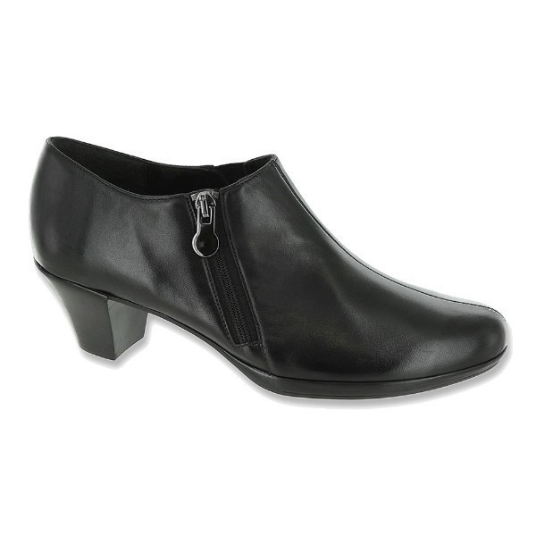 WOMEN'S TAYLOR BLACK KID DRESS ZIP SHOE Thumbnail