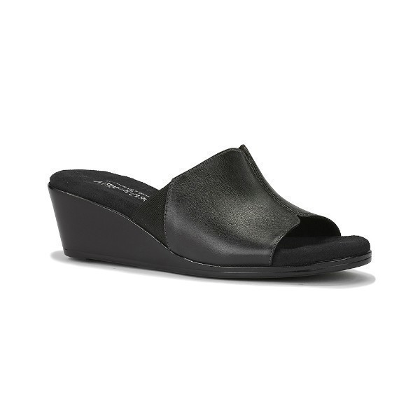 WOMEN'S NESTLE BLACK LEATHER SLIDE SANDAL Thumbnail