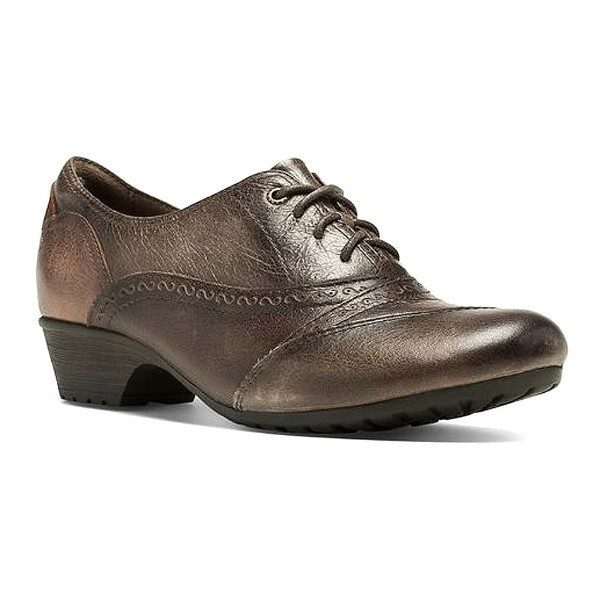 WOMEN'S GEORGINA BROWN ANTIQUED DRESS SHOE Thumbnail